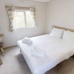 luxury-caravan-bedroom